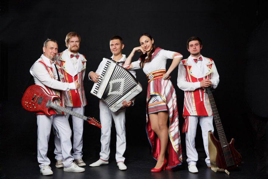 Брянская группа «FolkStar» участвует в конкурсе «Хит-парад ТОП-15»