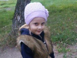 В Брянске продолжается сбор денег на лечение 5-летней Алины Зверевой