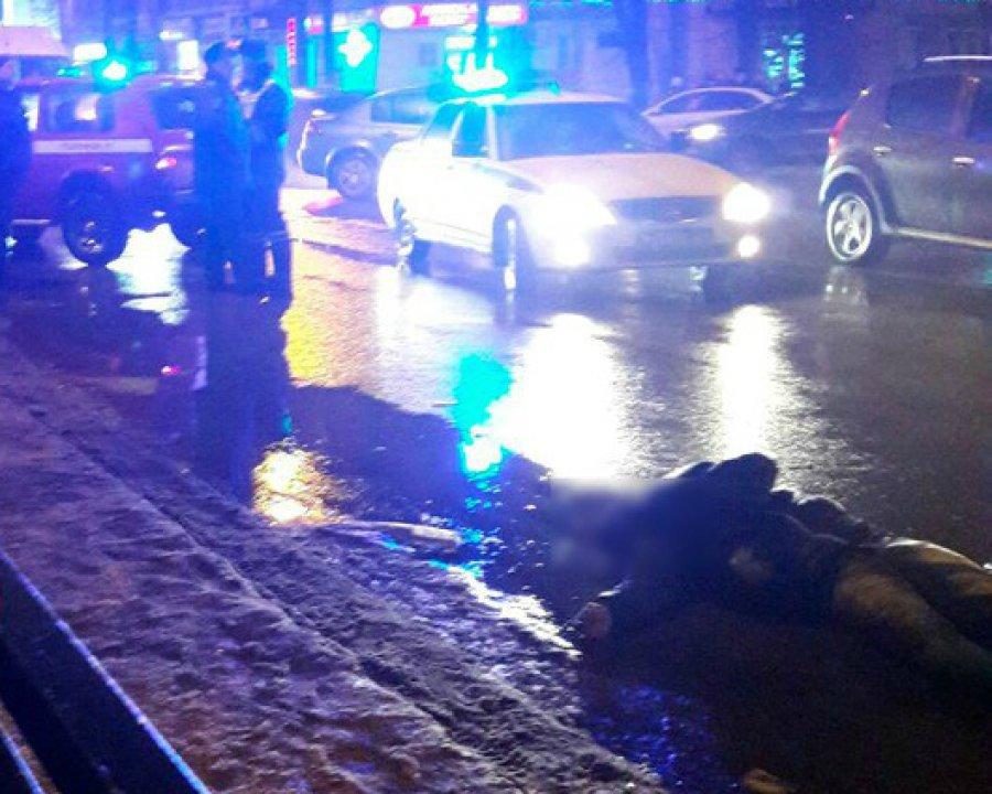 ВБрянске под колесами иномарки умер 23-летний житель