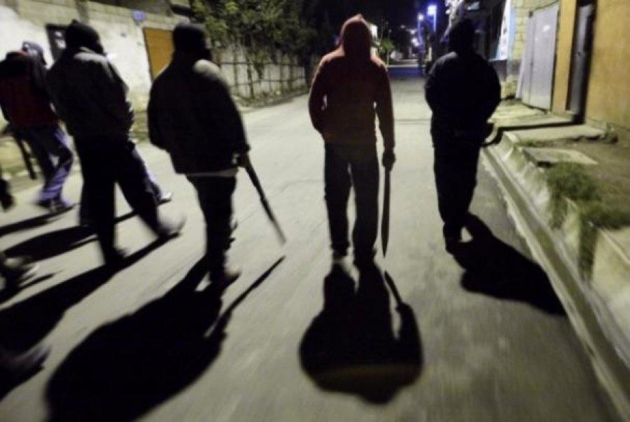 Банда молодых людей избила иограбила 2-х мужчин вБрянске