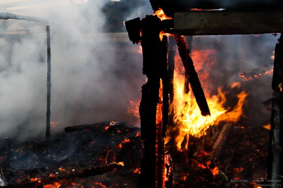ВБрянске потушили пожар наплощади 100 квадратных метров