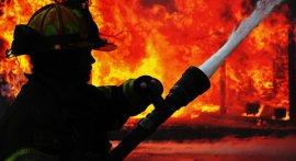 В Брянском районе огнем уничтожен сарай