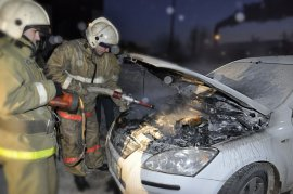 В Брянске на проспекте Станке Димитрова воспламенился автомобиль