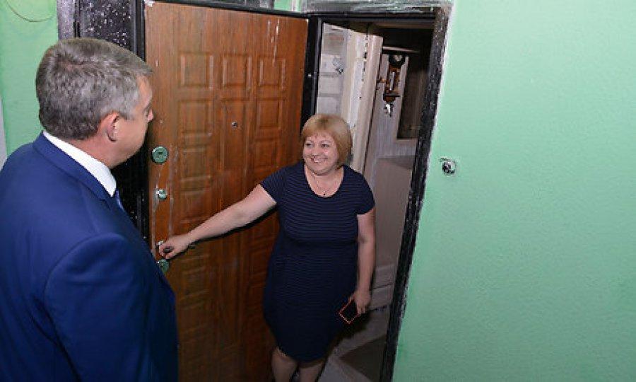 В Путевке почти восстановили разрушенный взрывом дом