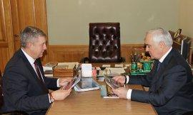 Брянский губернатор встретился с заместителем полпреда президента