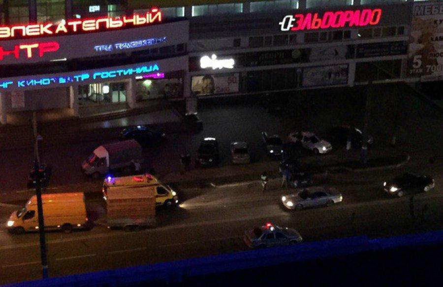 В итоге трагедии около ТЦ «Тимашковых» пострадали два человека