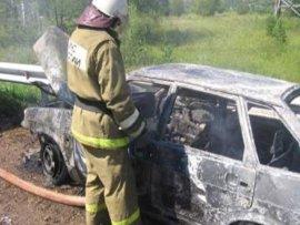 В Новозыбковском районе сгорел автомобиль