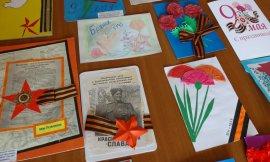 Брянские школьники подарят ветеранам 35 тысяч открыток