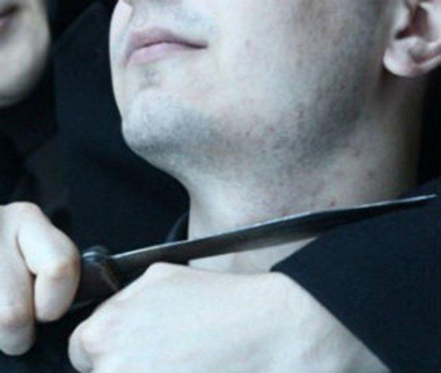 Гражданин Почепского района спугнул напавшего нанего мужчину палкой