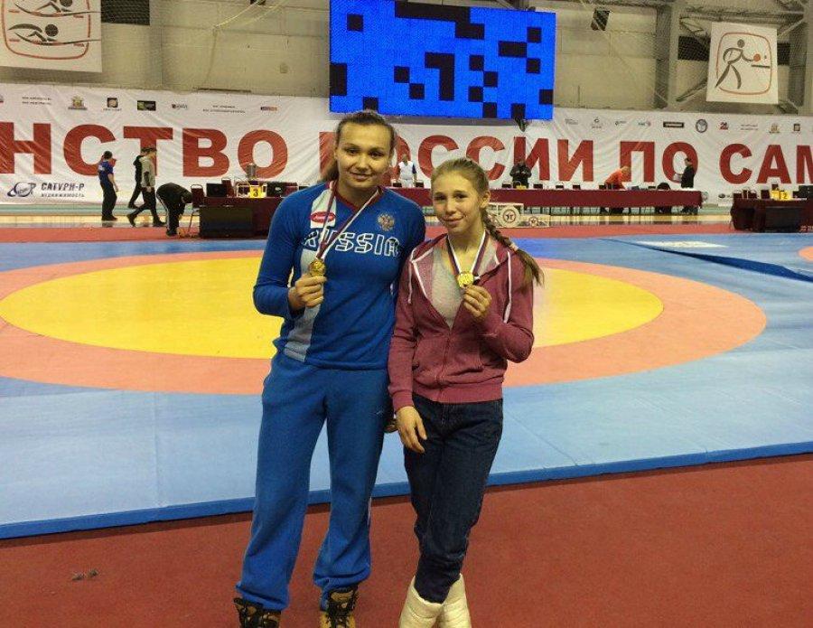 Две брянские самбистки победили на чемпионате России среди юниоров