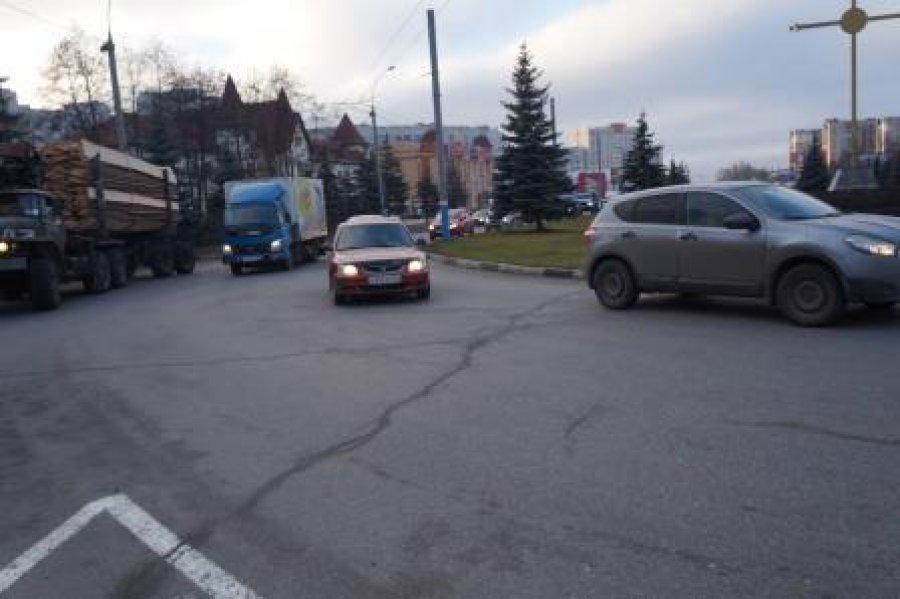 За сутки в Брянске оштрафовали пятерых мотоциклистов