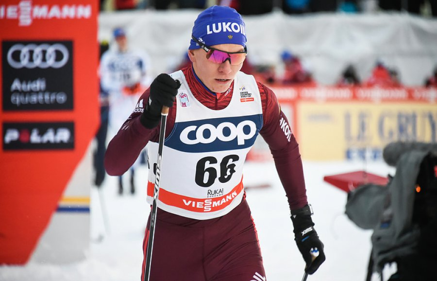 Большуной— четвертый, вочковой зоне шестеро русских лыжников. Непряева— седьмая
