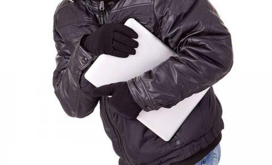 Брянец украл у спящего собутыльника планшет и ноутбук Брянск