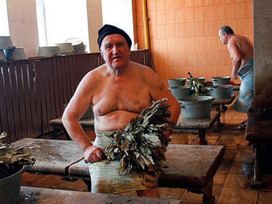Старушли в бане