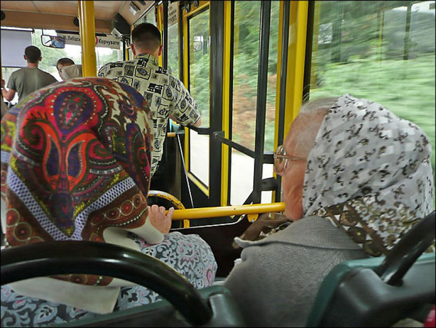 78-летняя женщина ушибла копчик вавтобусе №27 вБрянске