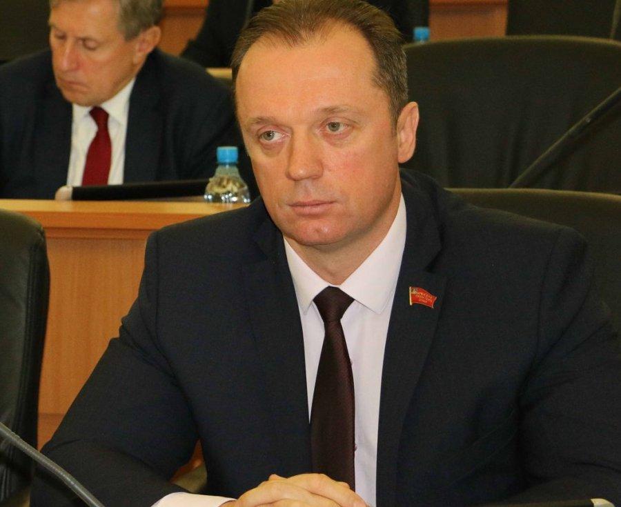 Депутат Брянской облдумы исключен изКПРФ занеудобные вопросы оГрудинине