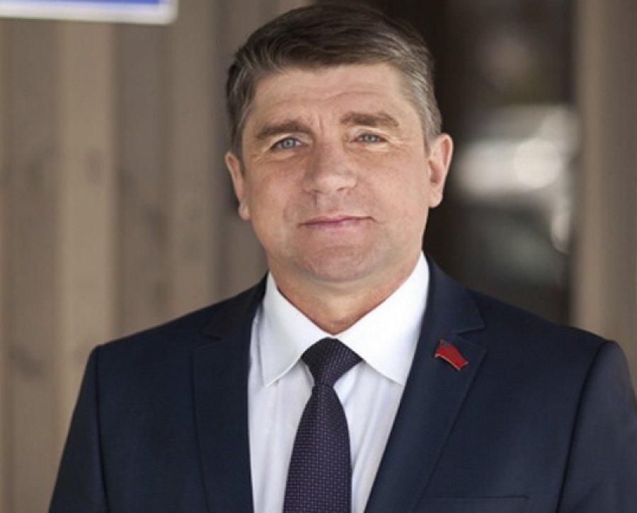 Гапеенко сменил Минакова напосту вице-спикера Брянской облдумы