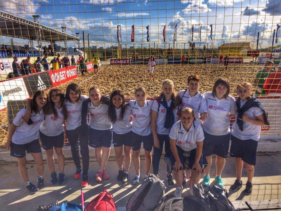 Брянские девушки вышли вплей-офф чемпионата Российской Федерации попляжному футболу