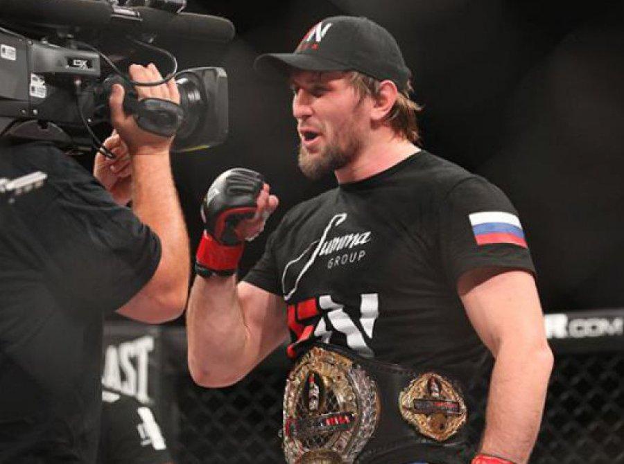 Массовая драка произошла впроцессе боя ульяновца начемпионате MMA