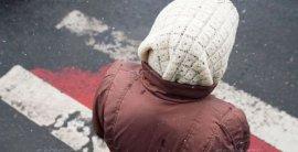 В центре Брянска автоледи на Ниссане сбила пенсионерку