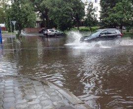 Бежицкий район Брянска снова затопило после дождя