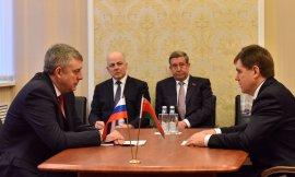 Брянский губернатор Богомаз встретился с белорусским послом