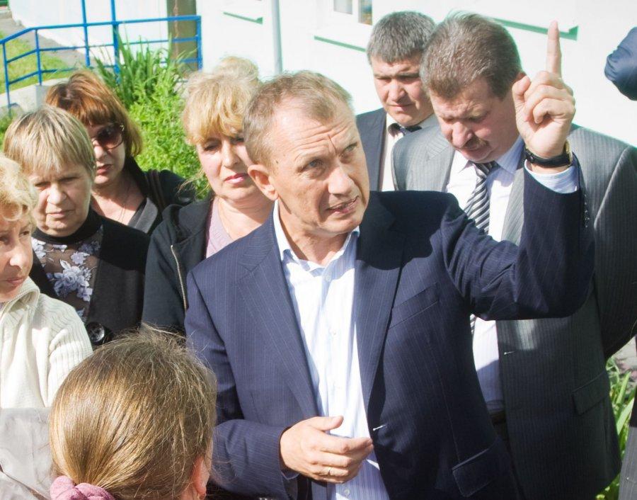 В Брянске экс-губернатора Денина поместили под домашний арест