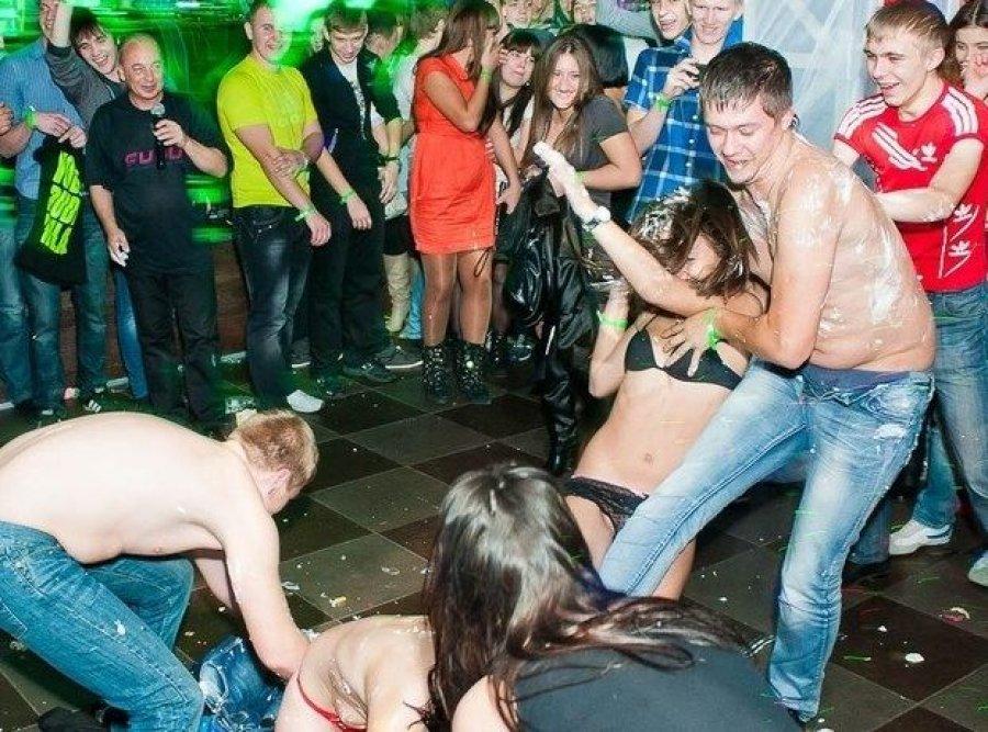 Оргии в ночным клубах