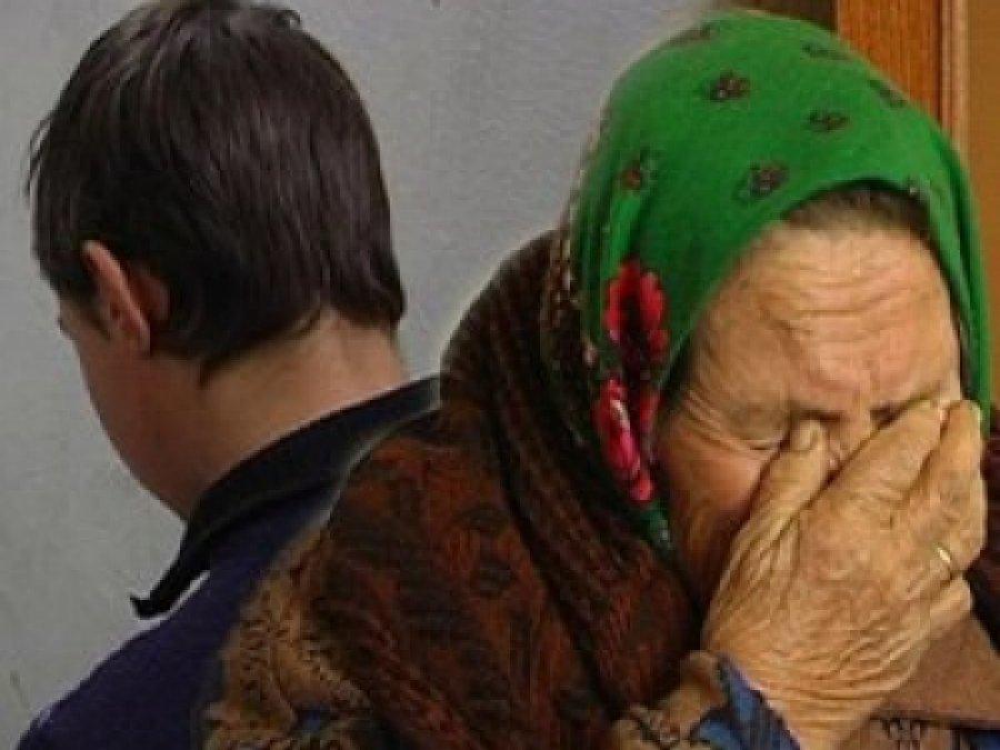 Брянец избил монтировкой 82-летнюю пенсионерку иотобрал 100 000 руб.