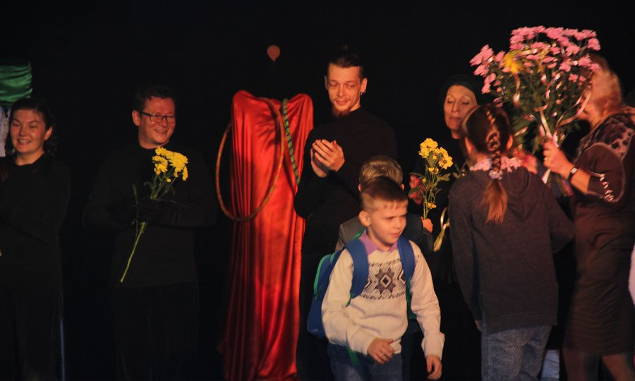 Брянский областной театр для детей июношества открыл 45-й сезон