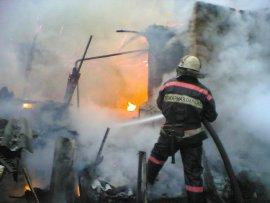 В Выгоничском районе сгорел сарай