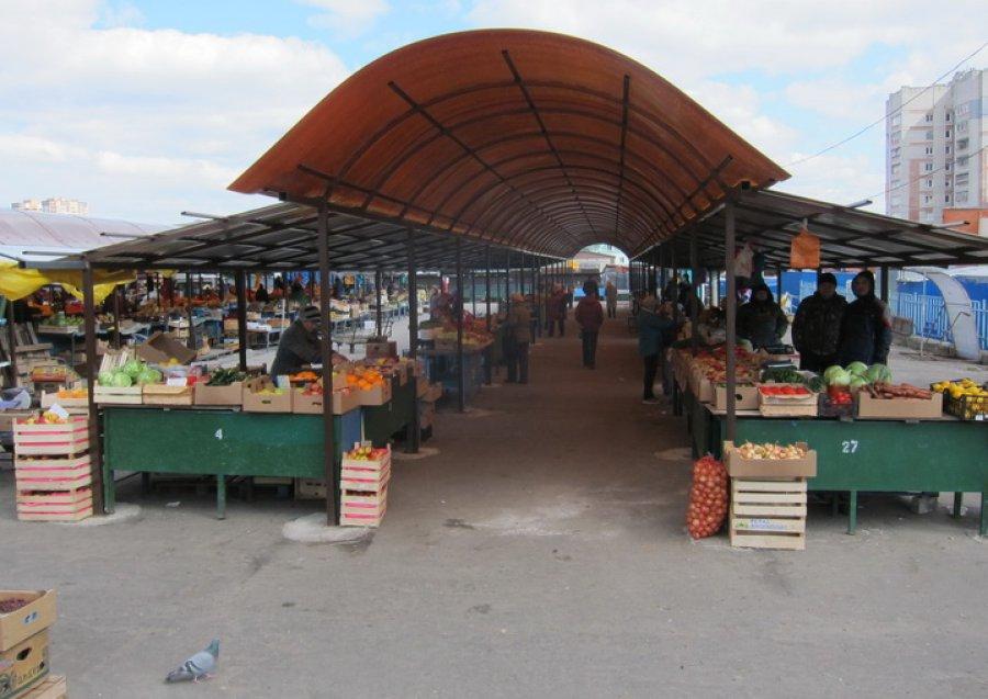 Часть Центрального рынка Брянска будет переоборудована под автопарковку
