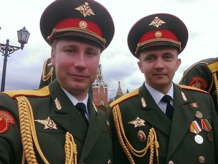 Клинцы проводили впоследний путь погибшего вавиакатастрофе вСочи Дмитрия Литвякова