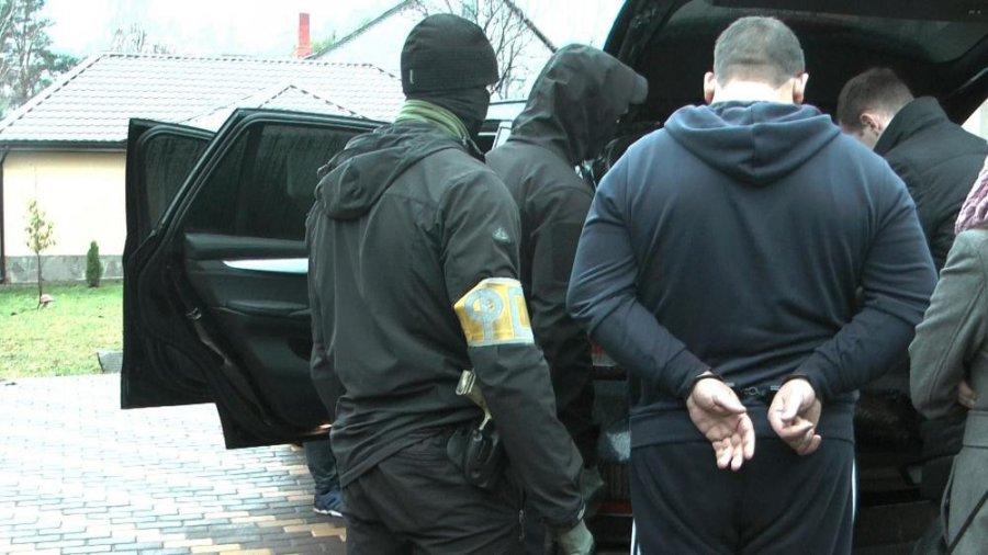 ВБрянске дельцы подпольного банка обналичили 647 млн руб.