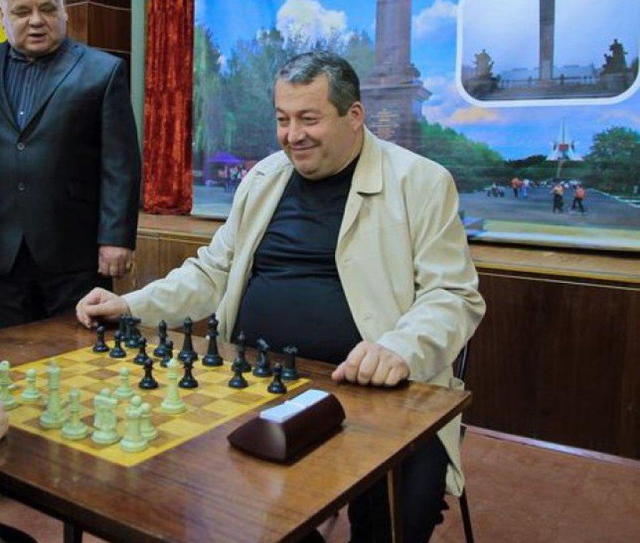 Возвращение «Великого сына»: вБрянскую облдуму собрался Хвича Сахелашвили