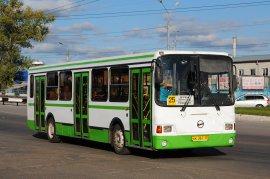 В Брянске в автобусе №25 пенсионер ушиб грудную клетку