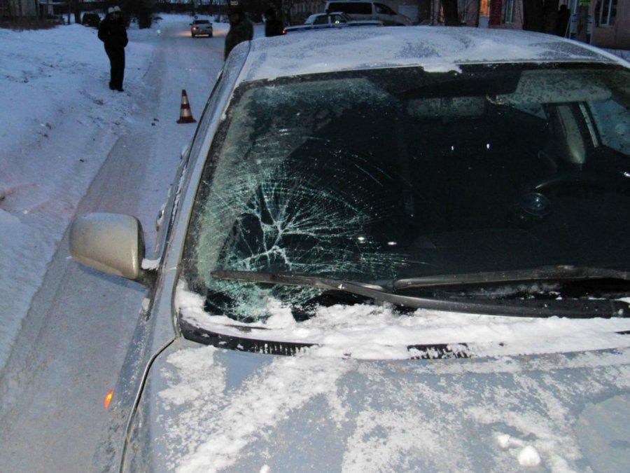 ДТП вБрянске: Автомобиль «ВАЗ» сбил 2-х женщин натротуаре