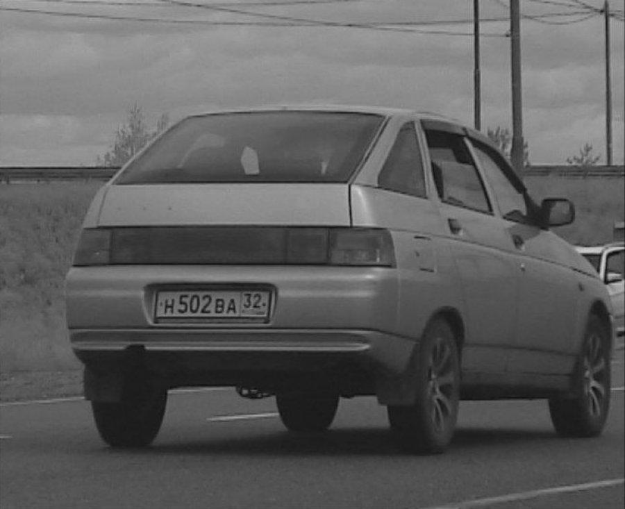 В Брянске ищут угнанный серебристый «ВАЗ»