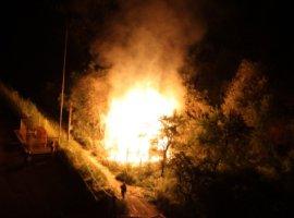 В Брянске на Кургане Бессмертия сгорел дачный дом