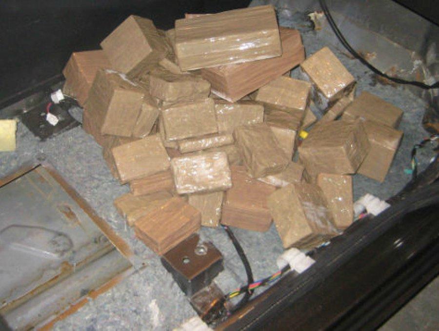 Брянцу дали 11 лет строгача законтрабанду гашиша на100 млн руб.