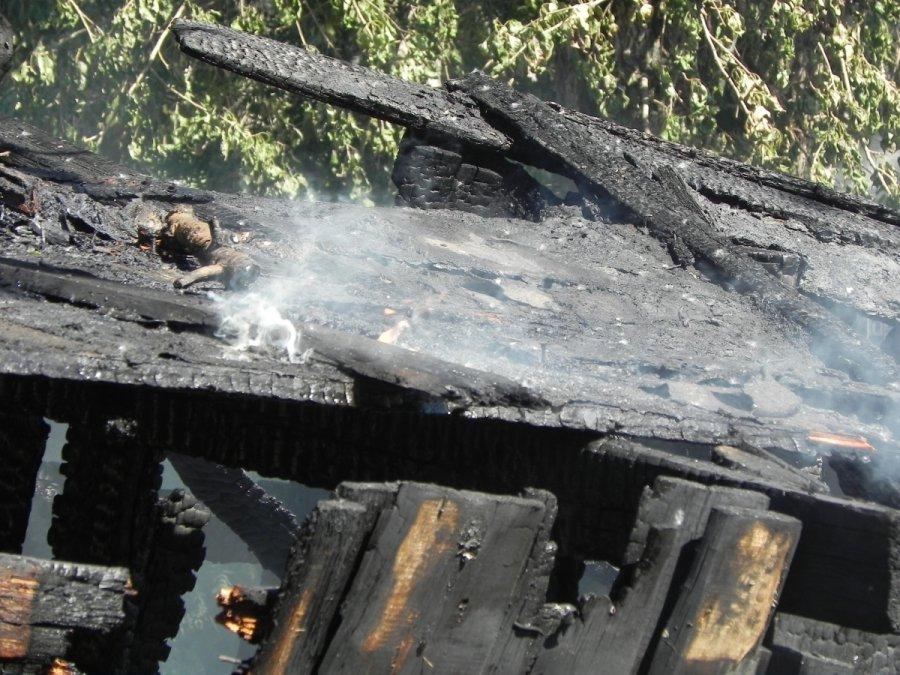 ВКалининском районе Уфы сгорели три жилых дома