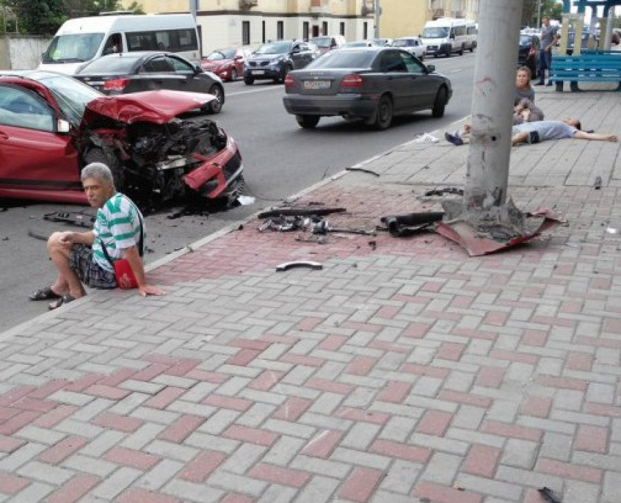 ВДТП около фабрики РТИ пострадали 5 человек