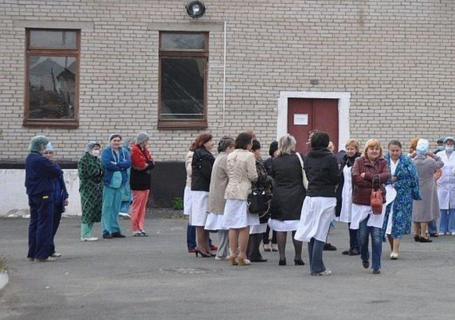 Избрянской клиники эвакуировали людей из-за угрозы пожара