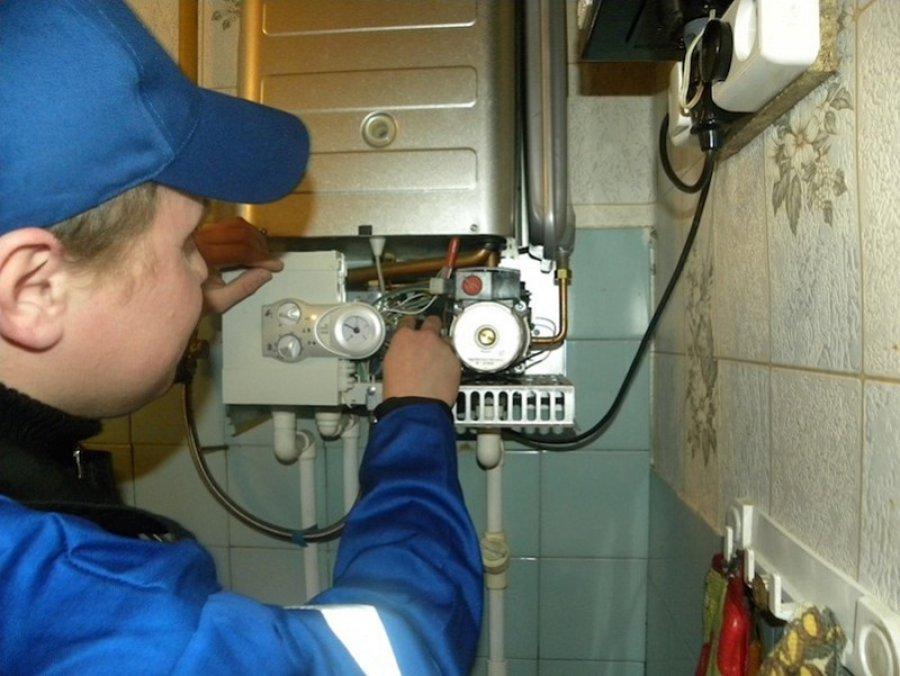«Газпром» предупреждает оштрафах заотказ впустить вдом профессионалов газовой службы