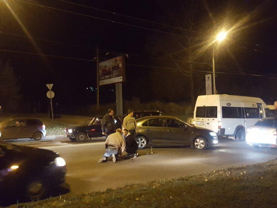 Наокраине Брянска вмассовом ДТП пострадала 8-летняя девочка