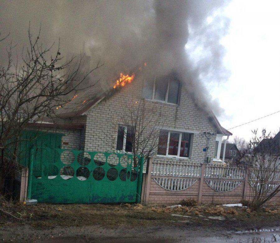Под Брянском погибшая в пожаре женщина пыталась спасти документы