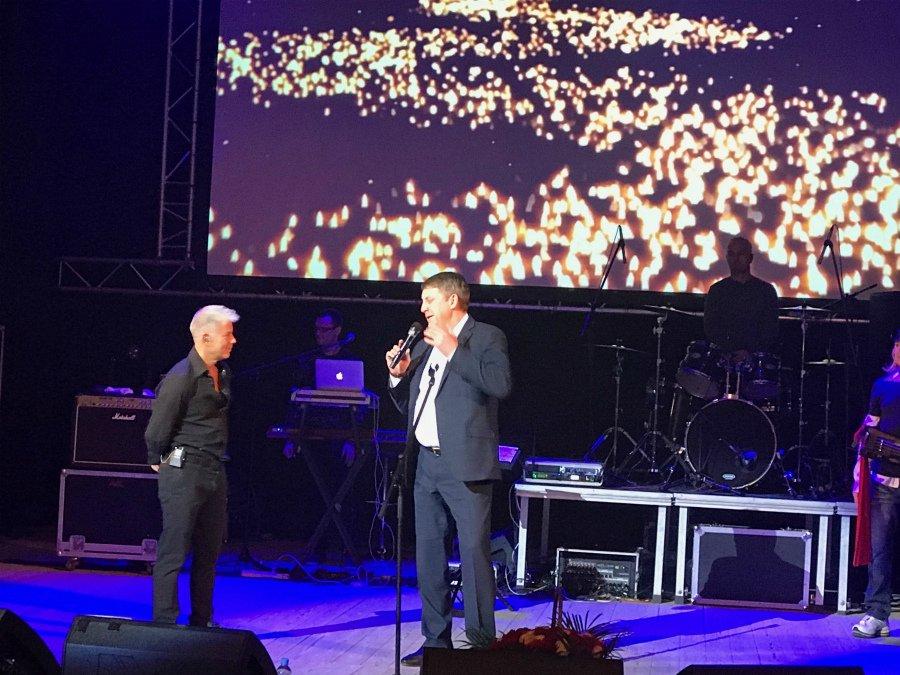 Брянский губернатор поблагодарил Олега Газманова за концерт