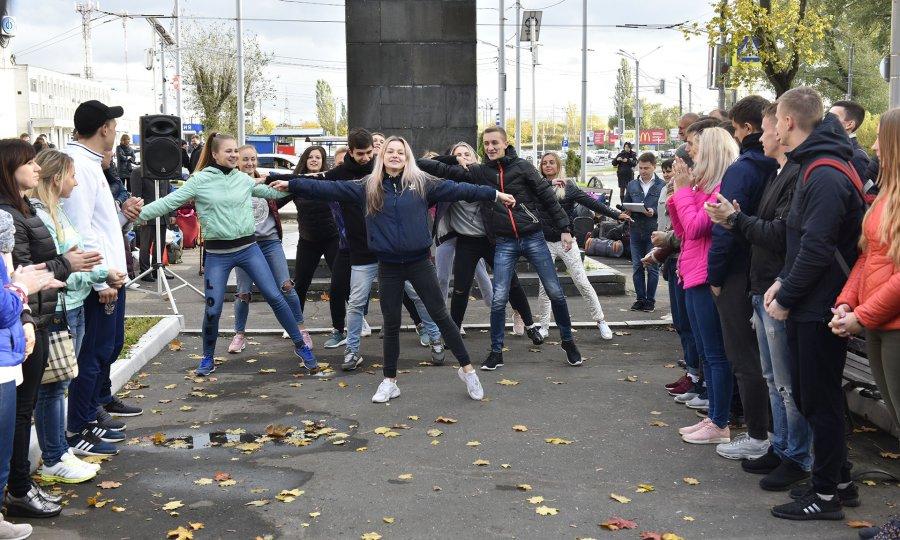 Владимирцы направились  наВсемирный фестиваль молодежи вСочи