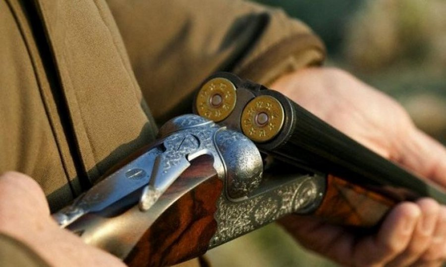 Гражданин  Клетнянского района изревности застрелил конкурента  изохотничьего ружья