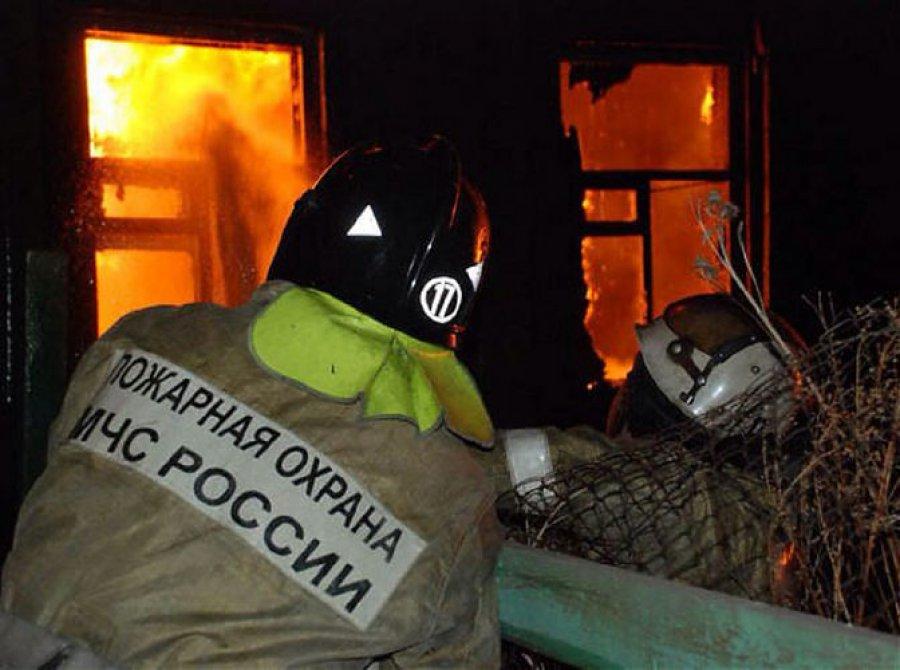 В Брянске едва не сгорел частный дом Брянск